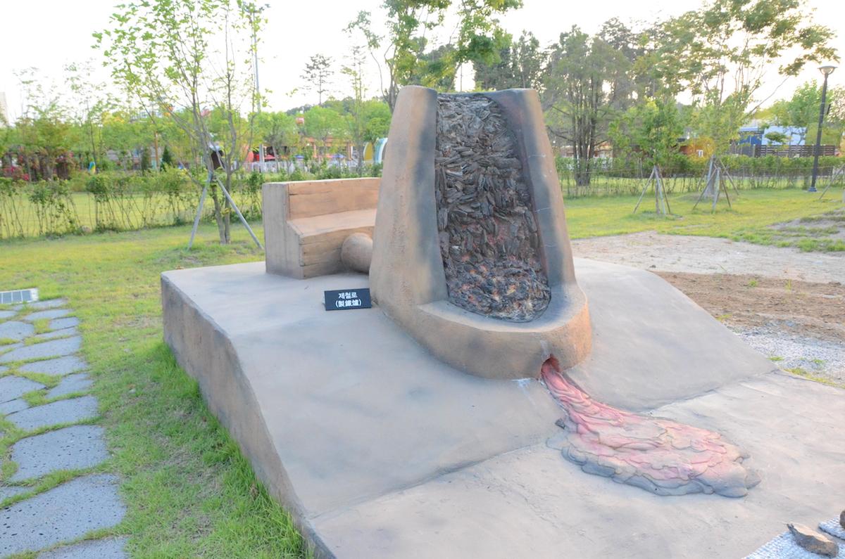 韓国国立中原文化財研究所の野外展示